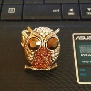 unbranded Jewelry - Big Beautiful Gold Tone Crystal Studded Owl Ring